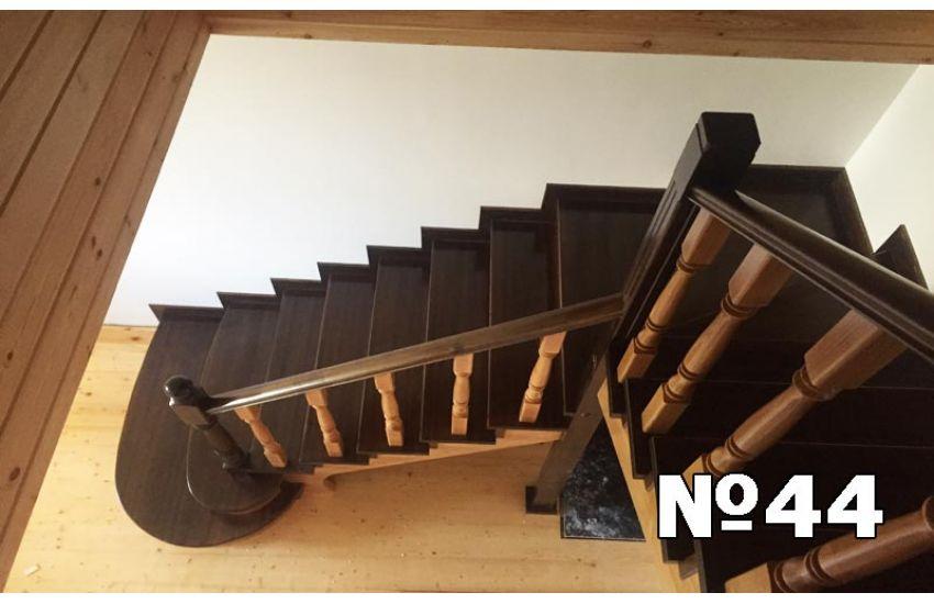 Производство деревянных лестниц Бронницы