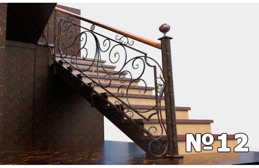 лестница на косоуре с площадкой