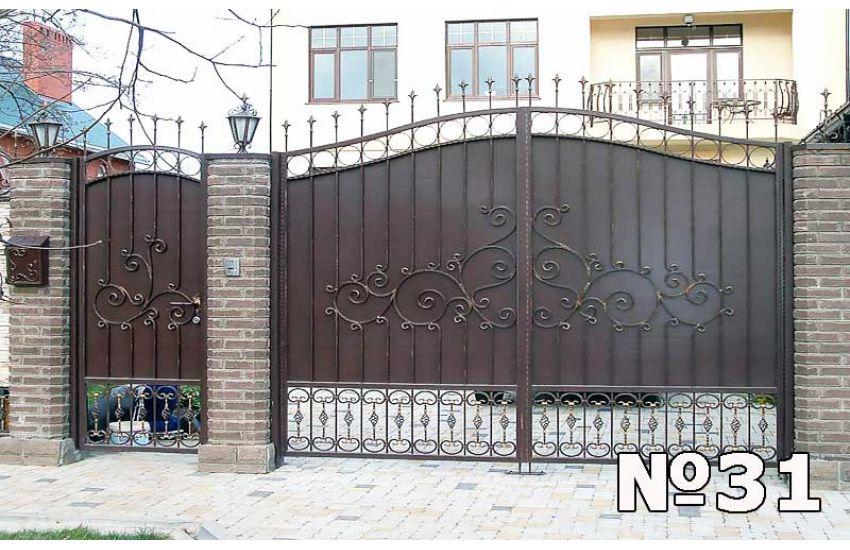 Кованые ворота в Коломне