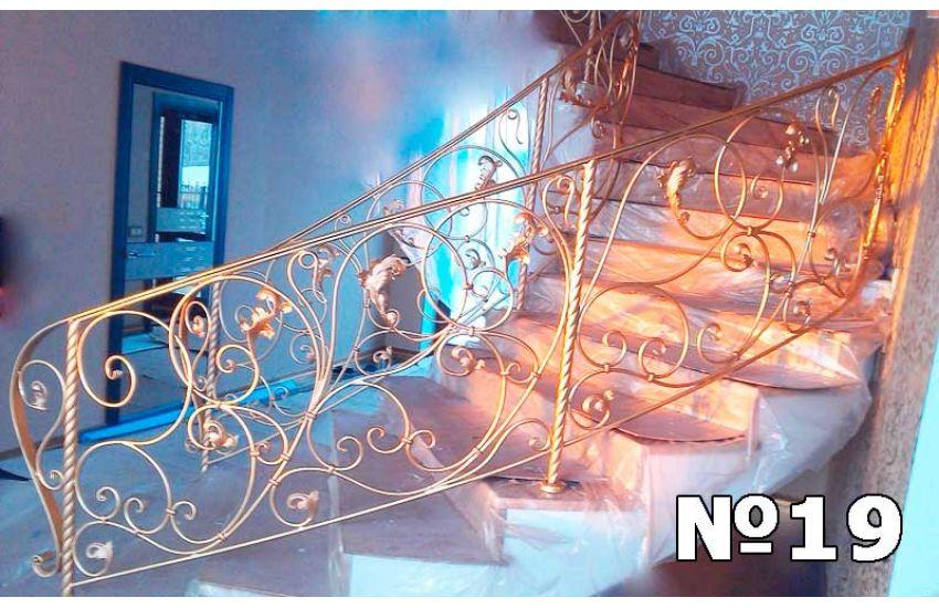 Кованая лестница и перила фото