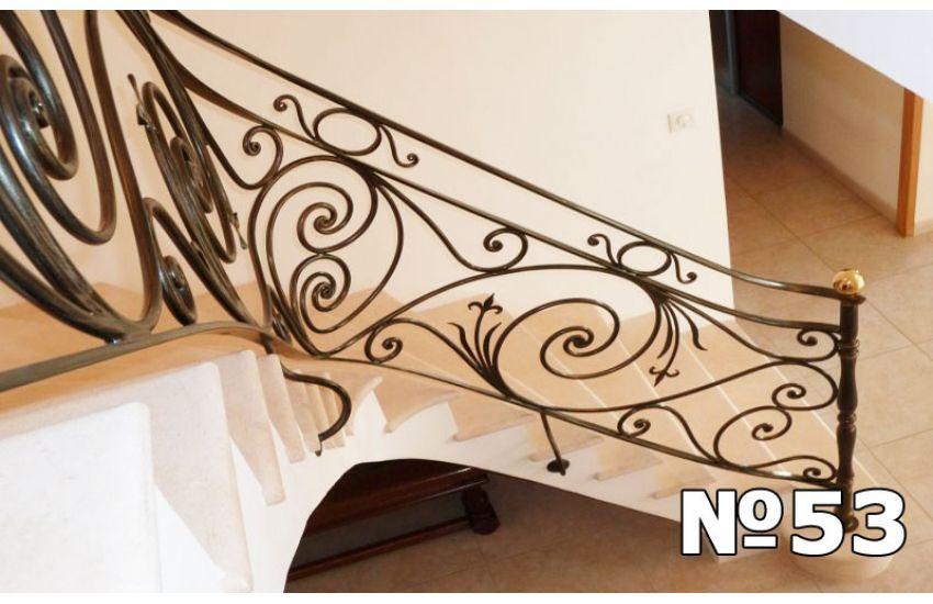 Перила для лестницы в частный дом