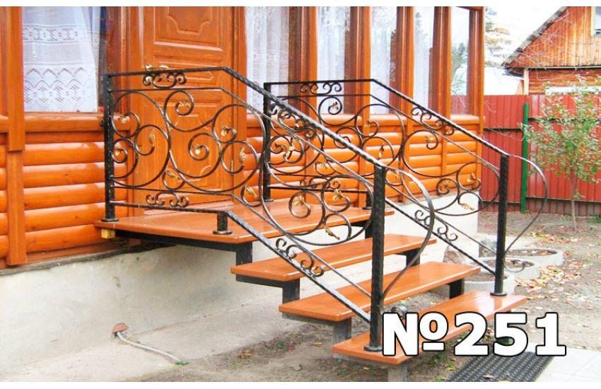 лестница внутри террасы