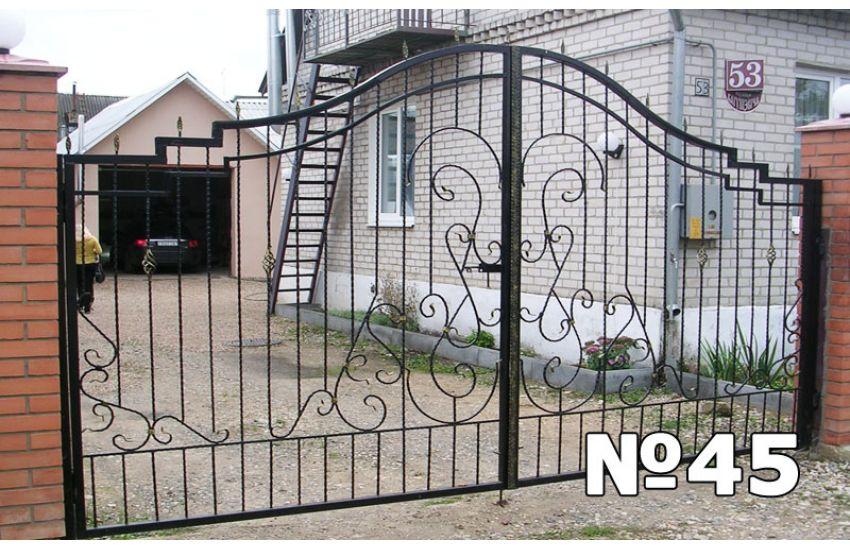 откатные кованые ворота фото